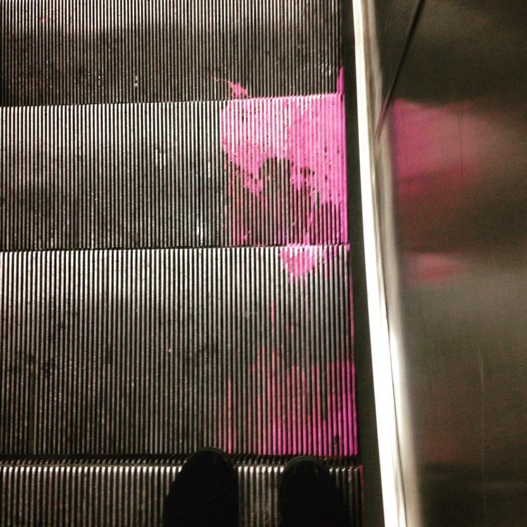 pink_escalator